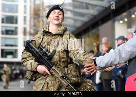 Female British soldier of the Royal Yeomanry in the Lord Mayor's Show Parade, London, UK 2018. Military. Army - Stock Photo