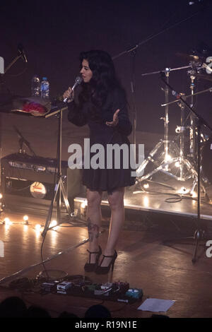 London, United Kingdom. 9th Nov 2018. Chilean singer Mon Laferte performing at EarH. Credit: Brayan Lopez/Alamy Live News - Stock Photo