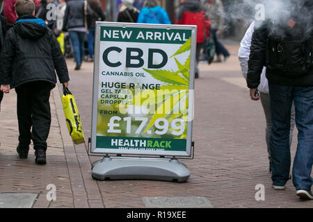 Blackpool, Lancashire, UK. 10th Nov, 2018. CBD Oil, marijuana, thc, cannabis, medicine, medical, drug, natural, pot, ganja, weed, leaves, cure, legal, federal, green, hemp, cannabidiol plant products for sale. - Stock Photo