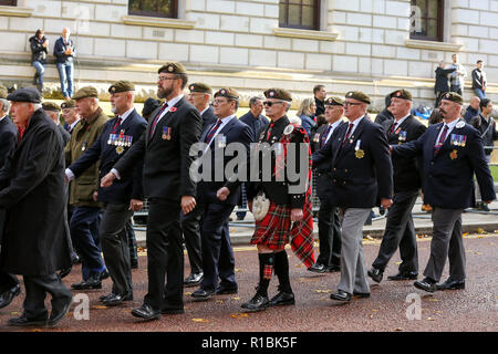 Westminster, London. UK 11 Nov 2018- War veterans take part in the annual Remembrance Sunday on the Centenary of the Armistice procession to pay tribute to those who have suffered or died during war. Credit: Dinendra Haria/Alamy Live News - Stock Photo