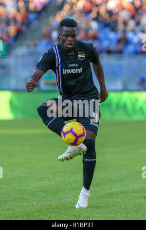 11th November 2018, Stadio Olimpico, Rome, Italy; Serie A Football, Roma versus Sampdoria; Ronaldo Vieira of Sampdoria controls the high ball - Stock Photo