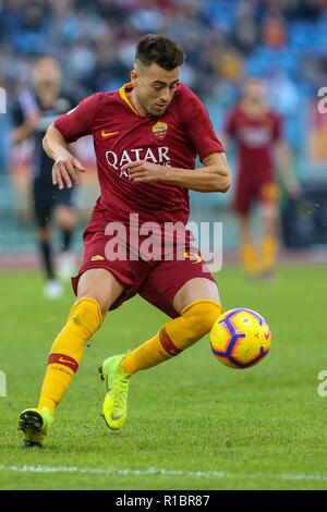 Stadio Olimpico, Rome, Italy. 11th Nov, 2018. Serie A Football, Roma versus Sampdoria; Stephan El Shaarawy of Roma controls the ball through midfield Credit: Action Plus Sports/Alamy Live News - Stock Photo