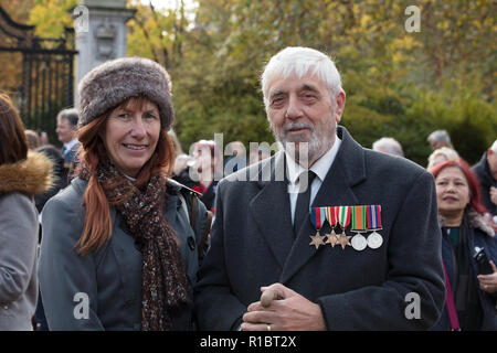 London, UK, 11th November 2018. Some of the participants of the procession of 10000 people, selected by ballot, walking from Greenpark, to the Cenotaph paying their respects to all those that served and never came back in the first World war. Credit: Joe Kuis / Alamy Live News - Stock Photo