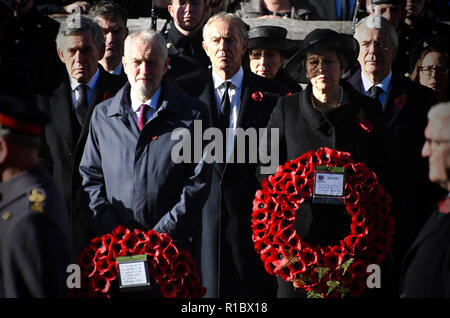 Whitehall Westminster United Kingdom - 11th November 2018 - Remembrance Day ceremony on Whitehall - Images showing Theresa May, Jeremy Corbyn and Prince Charles laying Poppy wresths at the Cenotaph. © Stuart Mitchell/Incmonocle - Alamy Live News - Stock Photo