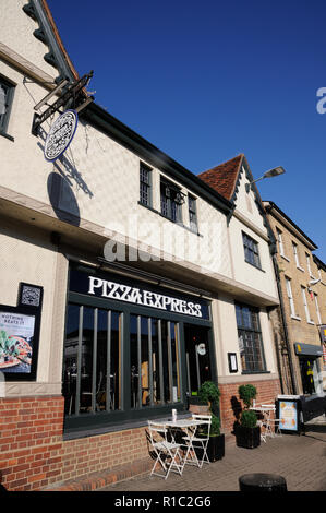 This plastered building was formerly the White Horse Inn, North Street. Bishops Stortford, Hertfordshire. - Stock Photo