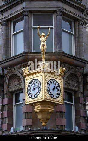 Northern Goldsmiths famous Rolex Clock and Gold Lady Venus in the city centre of Newcastle upon Tyne - Stock Photo