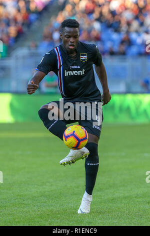 Rome, Italy. 11th Nov, 2018. 11th November 2018, Stadio Olimpico, Rome, Italy; Serie A Football, Roma versus Sampdoria; Ronaldo Vieira of Sampdoria controls the ball Credit: Giampiero Sposito/Pacific Press/Alamy Live News - Stock Photo