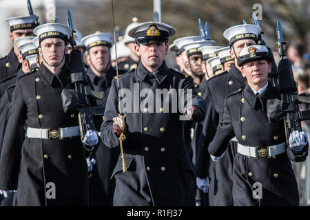 Plymouth, Devon, UK. 11th Nov, 2018. The city's remembrance service took place on Plymouth Hoe on Sunday 11 November, starting with a two-minute silence at the Royal Naval Memorial at 11am. Credit: Sam Whitfield - Ultimate Shot/Alamy Live News - Stock Photo