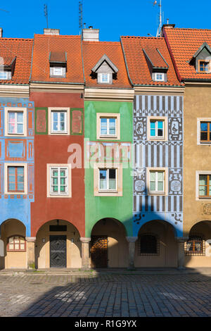 Poznan Market Square, view of the colorful facades of the medieval Fish Sellers' Houses in Market Square, Poznan Old Town, Poland. - Stock Photo
