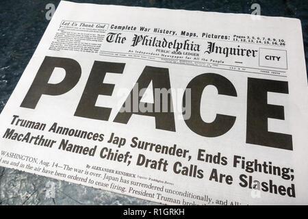 Front page headline on The Philadelphia Inquirer (replica), 15th August 1945, after the Japanese surrender at the end of the Second World War. - Stock Photo