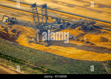 Brown coal excavator, open cast lignite mining, Hambach, Morschenich, Elsdorf, Rhineland, North Rhine-Westphalia, Germany - Stock Photo