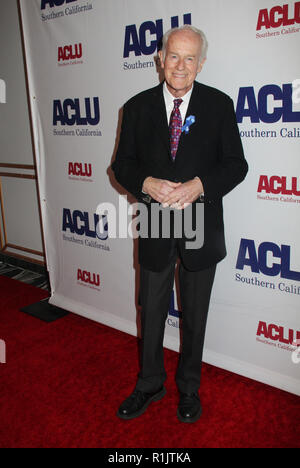 Beverly Hills, California, USA. 11th Nov 2018. Mike Farrell  11/11/2018 The ACLU SoCal's Annual Bill of Rights Dinner held at The Beverly Wilshire Hotel in Beverly Hills, CA  Photo: Cronos/Hollywood News Credit: Cronos/Alamy Live News - Stock Photo