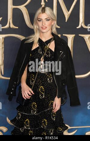 London, UK. 13th Nov, 2018. Guest attends Fantastic Beasts The Crimes of Grindelwald - UK Premiere. London, UK. 13/11/2018 | usage worldwide Credit: dpa picture alliance/Alamy Live News - Stock Photo
