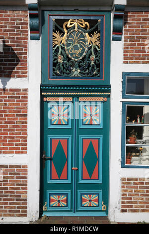 Old Farmhouse door at Este-dike, Jork-Koenigreich, Altes Land, Lower Saxony, Germany, Europe - Stock Photo