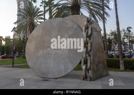 'Breaking of the Chains' sculpture by Melvin Edwards,  Martin Luther King Jr. Promenade, downtown San Diego, California, United States. - Stock Photo