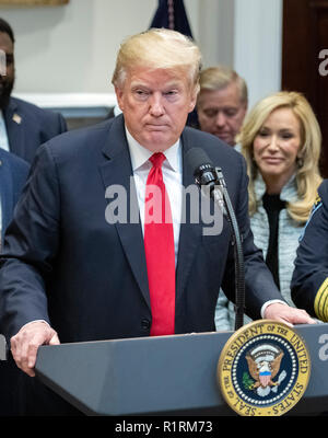 The Website Congress. 14th Nov, 2018. United States President Donald J. Trump announces his support of H. R. 5682, the 'First Step Act' in the Roosevelt Room of the White House in Washington, DC on Wednesday, November 14, 2018. According to the website congress.gov, this bill is titled 'the Formerly Incarcerated Reenter Society Transformed Safely Transitioning Every Person Act or the FIRST STEP Act.' It enjoys bipartisan support. Credit: Ron Sachs/CNP | usage worldwide Credit: dpa/Alamy Live News - Stock Photo