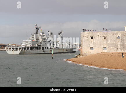 The Republic of Korea support ship Daocheong passing the Round Tower as it enters Portsmouth Harbour, UK on 11th November 2018 - Stock Photo