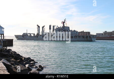 The Republic of Korea support ship Daocheong leaving Portsmouth Harbour, UK on 14th November 2018. - Stock Photo