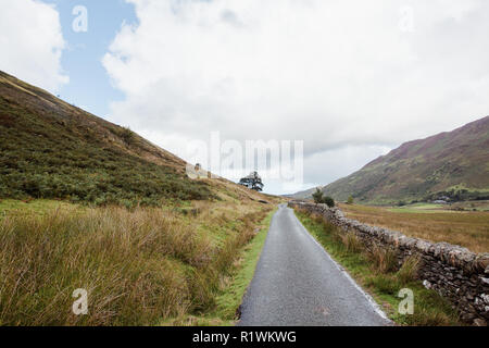On the circular walk around Lake Ogwen, Llyn Ogwen, National Park, Snowdonia, North Wales, UK, National Trust, August, 2018 - Stock Photo