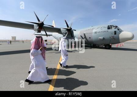 Bahrain. 15th Nov, 2018. BAHRAIN - NOVEMBER 15, 2018: A Lockheed C-130 Hercules military transport aircraft on display at the 2018 Bahrain International Air Show at the Sakhir air base in Bahrain. 33 military delegations from 19 countries and 20 civilian ones from 35 countries take part in the show. Sergei Savostyanov/TASS Credit: ITAR-TASS News Agency/Alamy Live News - Stock Photo