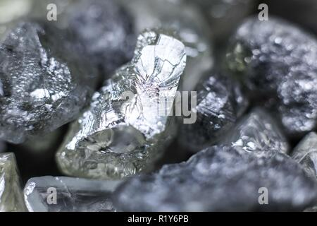 Moscow. 12th Nov, 2018. Photo taken on Nov. 12, 2018 shows diamonds to be sorted in an Alrosa facility in Mirnyi, Republic of Sakha (Yakutia), Russia. Alrosa, the world's leading diamond miner, has operations in Republic of Sakha (Yakutia) and Arkhangelsk region, running 11 kimberlite pipes and 16 alluvial deposits in the harsh climate of the Russian Far North. Credit: Bai Xueqi/Xinhua/Alamy Live News - Stock Photo