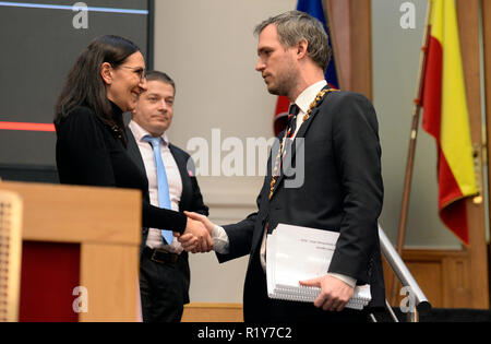 Prague, Czech Republic. 15th Nov 2018. Pirate Zdenek Hrib (right) was elected the new mayor of Prague, winning support of 39 out of 65 the members of the Assembly at its constituent meeting in Prague, Czech Republic, November 15, 2018. Credit: Katerina Sulova/CTK Photo/Alamy Live News - Stock Photo