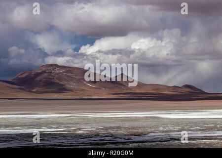 Lagoon with mountains in the Alitplano Plateau, Bolivia