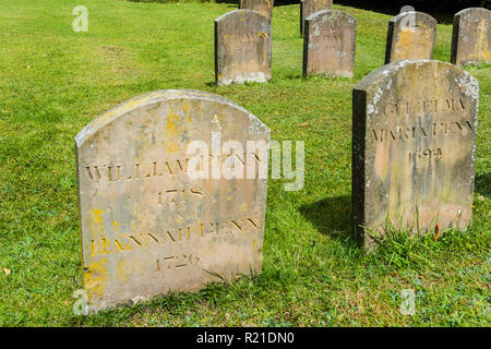 Grave of William Penn and his wife Hannah and their family at Jordans Friends Meeting House, Jordans, Buckinghamshire, England - Stock Photo