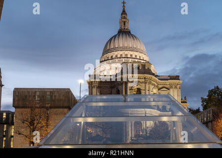 England,London,One New Change - Saint Paul's Cathedral  on a rainy building - Stock Photo
