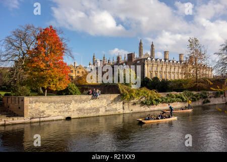 Autumn view of Clare College and punts on the River Cam, Cambridge, UK - Stock Photo