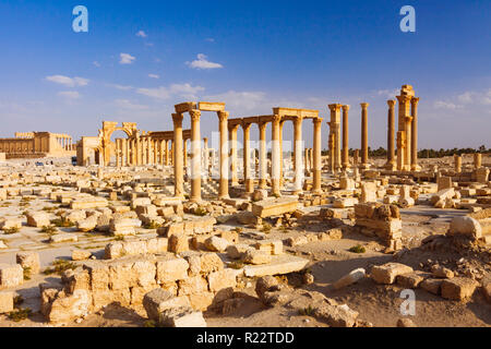 Palmyra, Homs Governorate, Syria - May 26th, 2009 : Great Colonnade of Palmyra at sunset. Built during the second and third century CE, it stretched f - Stock Photo