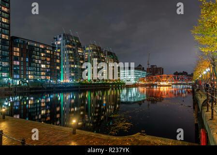 Salford Quays Media city at night. Luxury apartments. - Stock Photo