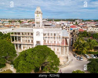 The House of Wonders. Stone Town, old colonial center of Zanzibar City, Unguja island, Tanzania. Aerial drone photo. - Stock Photo