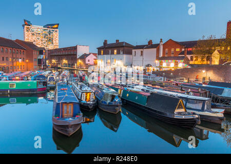Gas Street Basin, Canal Old Line, Birmingham, England, United Kingdom, Europe - Stock Photo