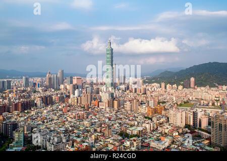 City skyline and Taipei 101 building, Taipei, Taiwan, Asia - Stock Photo