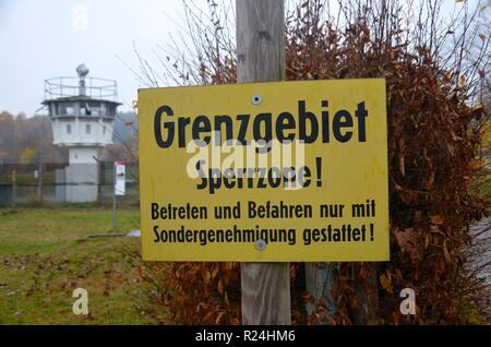 Mödlareuth, ein Dorf in Bayern und Thüringen, bis 1989 verlief die Grenze zwischen der BRD und der DDR hier. Gedenkstätte, Museum. - Stock Photo