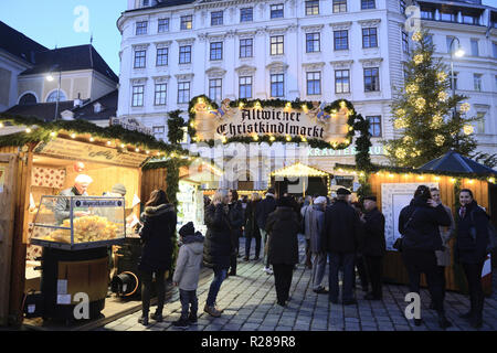 "Vienna, Austria. 17th November 2018. On the third weekend of November the traditional Christmas markets in Vienna are opening their doors. Picture shows ""Altwiener Christkindlmarkt"" Christmas market at the Freyung. Credit: Franz Perc / Alamy Live News - Stock Photo"