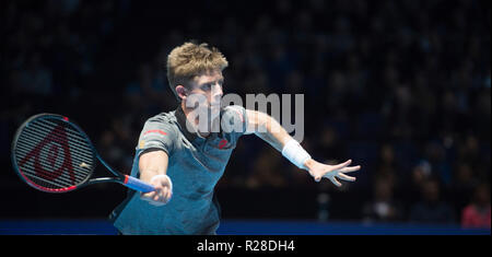 O2, London, UK. 17 November, 2018. Semi-finals day of the tournament at the O2 arena in London, evening singles match. Novak Djokovic (SRB), ranked 1, plays Kevin Anderson (RSA), ranked 4. Djokovic wins 6-2 6-2 to play Zverev in the final. Credit: Malcolm Park/Alamy Live News. - Stock Photo