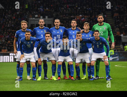 Milan, Italy. 17th Nov, 2018. Italy's team pose for team photo during the UEFA Nations League soccer match between Italy and Portugal in Milan, Italy, Nov. 17, 2018. The match ended with a 0-0 draw. Credit: Alberto Lingria/Xinhua/Alamy Live News - Stock Photo