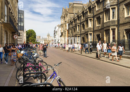 Trumpington street with pedestrians and view towards Kings Parade and Gonville and Caius College, Cambridge, UK - Stock Photo