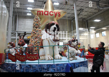 New York, USA. 13th Nov, 2018. One of a total of five new floats that will be on the streets of New York during the traditional Thanksgiving parade. The parade will take place on 22.11.2018 for the 92nd time and will attract many spectators to the roadside and millions worldwide to TV screens. (to dpa 'Five new floats, seven new balloons: Thanksgiving move coming soon' from 19.11.2018) Credit: Christina Horsten/dpa/Alamy Live News - Stock Photo