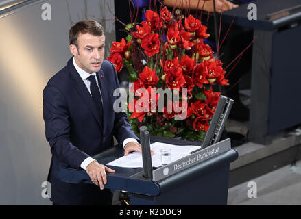 Berlin, Germany. 18th Nov, 2018. Visiting French President Emmanuel Macron addresses the Bundestag, the German Federal Parliament, in Berlin, capital of Germany, Nov. 18, 2018. Visiting French President Emmanuel Macron on Sunday addressed German legislators, calling for opening a new chapter for Europe and building it more integrated, stronger and independent. Credit: Shan Yuqi/Xinhua/Alamy Live News - Stock Photo