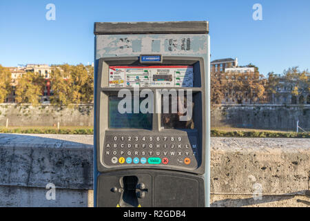 11/09/2018 - Rome, Italy: New Parking ticket paying machines in Rome. Center of Rome By the tiber river - Stock Photo