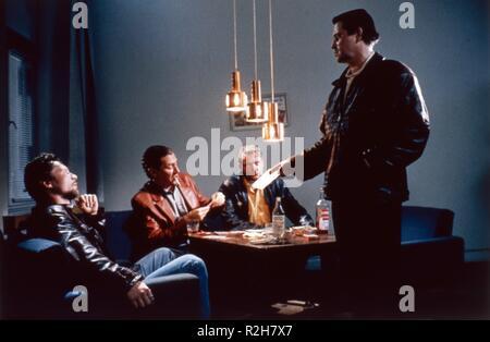 Drifting Clouds Kauas pilvet karkaavat Year : 1996 Finland Director : Aki Kaurismaki Matti Onnismaa, Kari Vaananen - Stock Photo