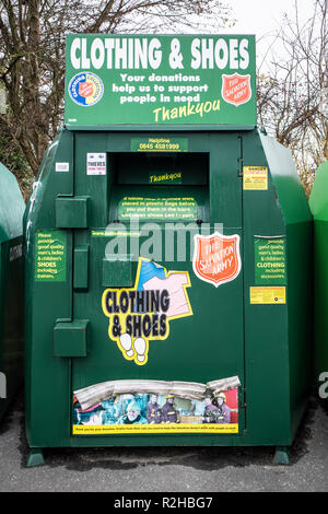 SWINDON, UK - NOVEMBER 18, 2018: The Salvation Army Clothing and shoe bank - Stock Photo