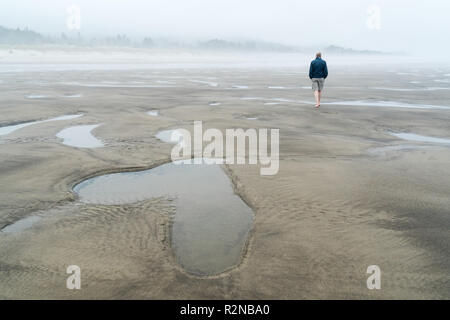 Beach, heart of water, symbol image 'separation' - Stock Photo
