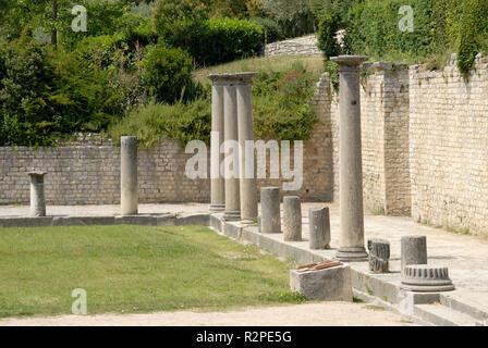 roman ruins in vaison,france - Stock Photo