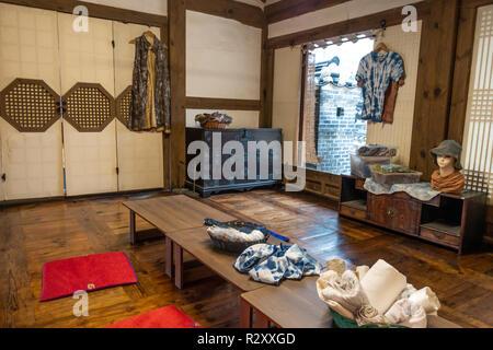 Inside a traditional Korean house at Namsangol Hanok Village, Seoul, South Korea - Stock Photo