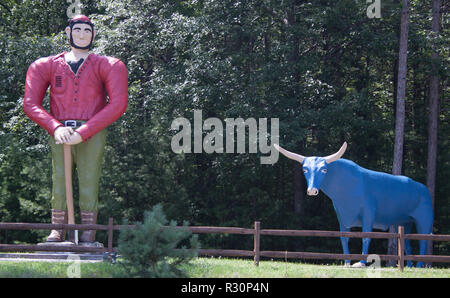 Paul Bunyan and Babe Statues in Ossineke, Michigan - Stock Photo