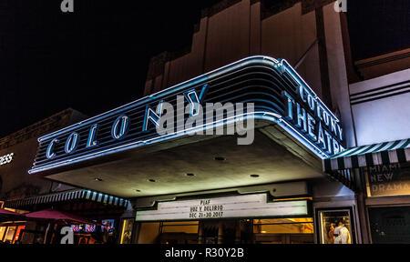 The Colony Theatre luminous entrance canopy, Lincoln Rd, Miami Beach, FL, USA. - Stock Photo